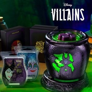 Disney Villains Scentsy Warmer and 3 scent pack